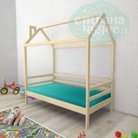 Кровать-домик из березы №1
