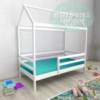 Кровать-домик из березы №1 с бортиком белый